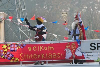 Intocht Sinterklaas in Almen